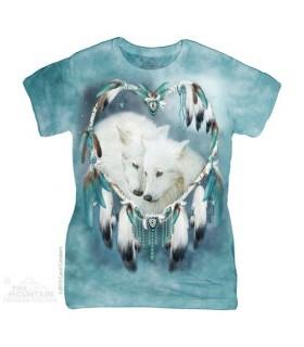 Wolf Heart Women's T-Shirt The Mountain