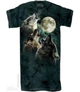 Three Wolf Moon - Adult Wolf Nightshirt The Mountain